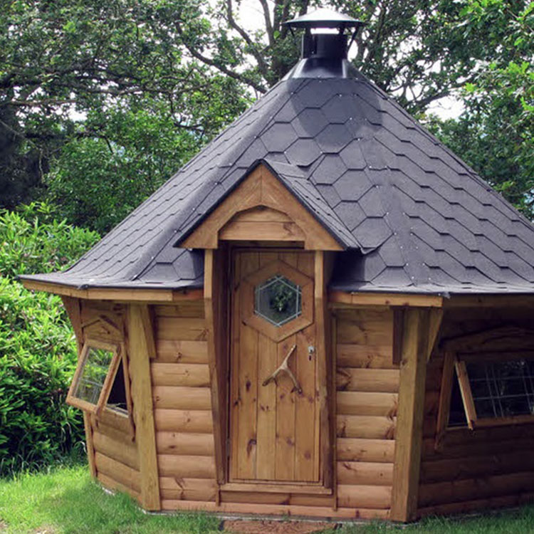 Bbq huts 7m bbq hut outdoor heaven for Small garden huts