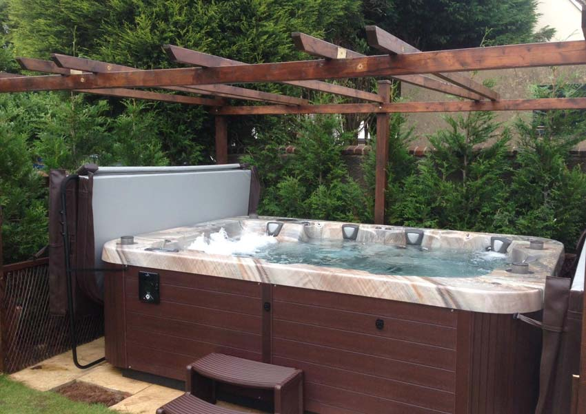 COAST SPAS REGENCY COLLECTION | The Marquis 8 Person Hot ...